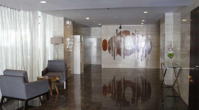 grand-residences-actual-photo-lobby