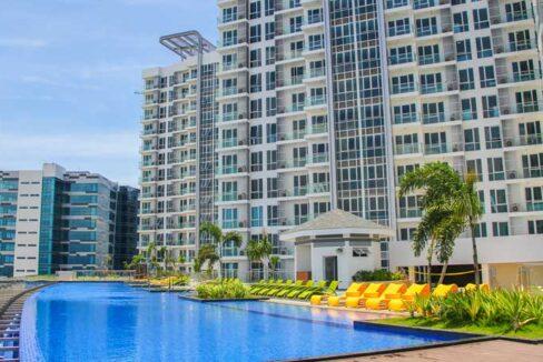 8-newtown-amenities-pool